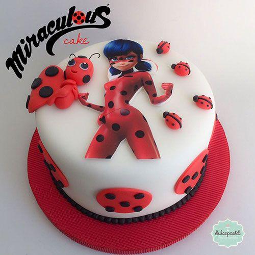 torta per la festa di compleanno a tema LOL