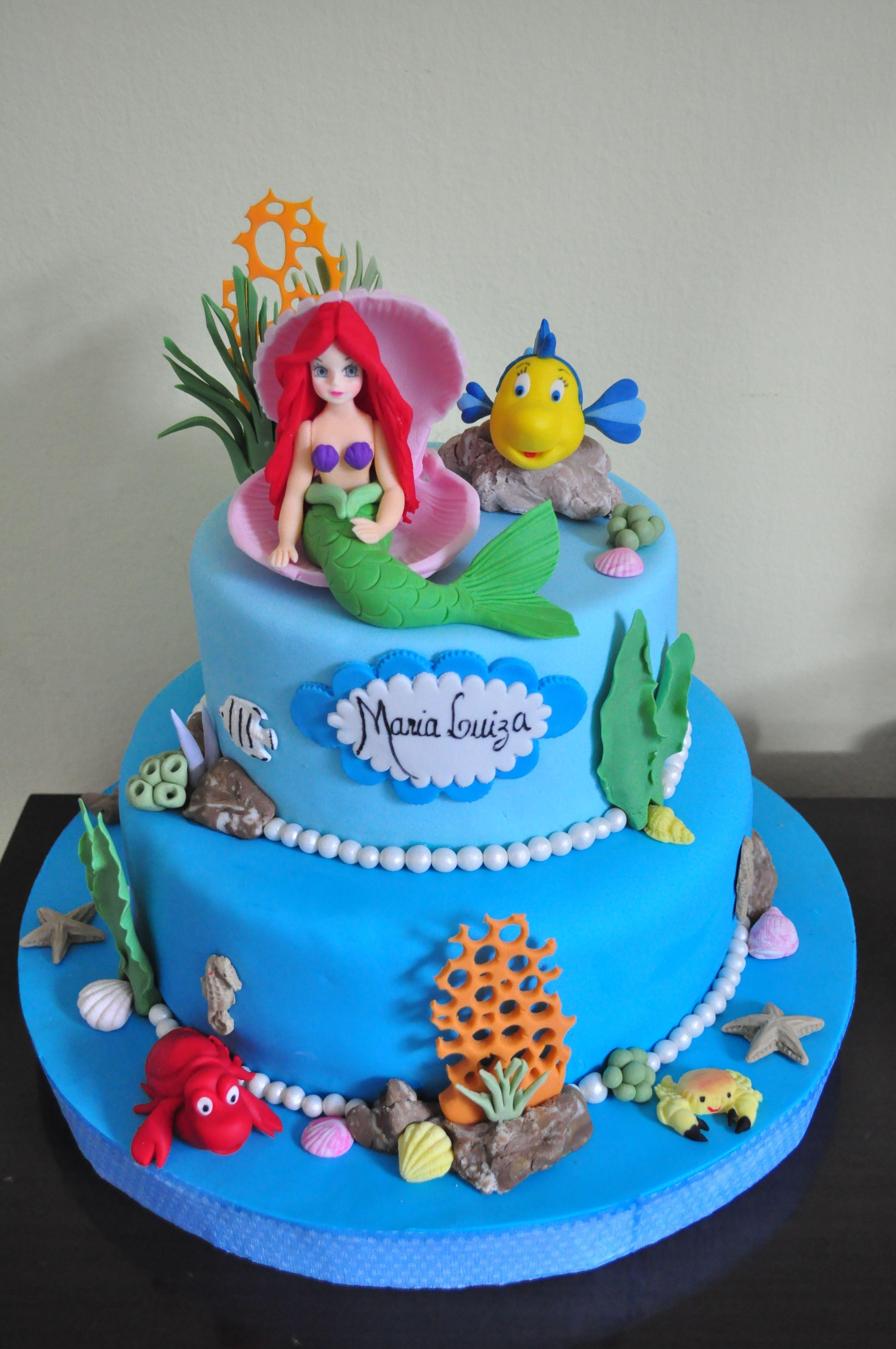 torta per la festa di compleanno a tema Ariel