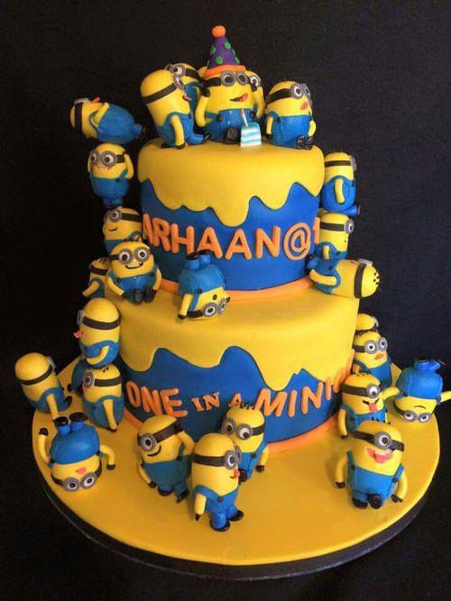torta per bambini a tema minions