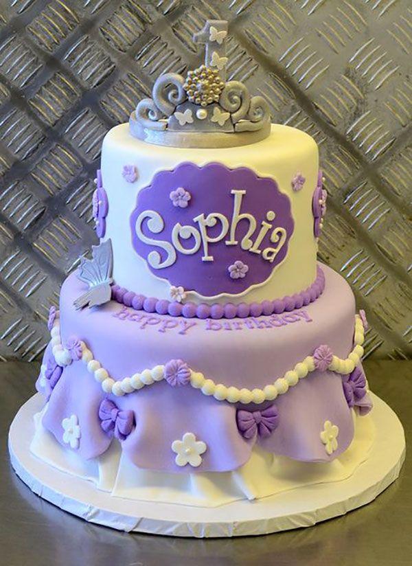 torta di compleanno a tema Sophia