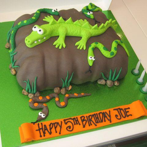 torta di compleanno coccodrillo