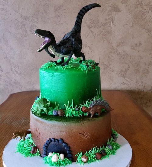 torta per bambini a tema dinosauri