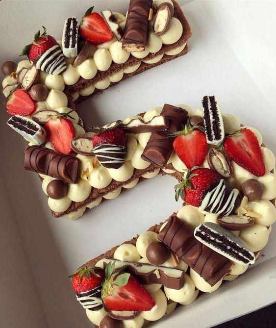 torta di compleanno numero 5
